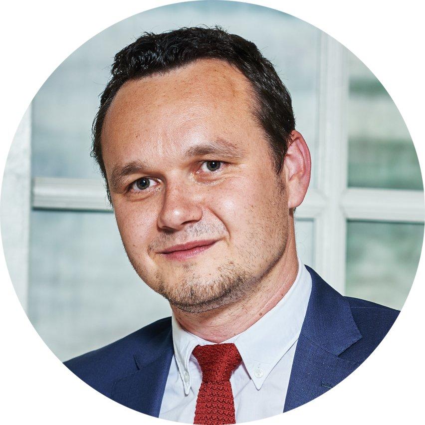 Artur Maciorowski - kontakt eCode